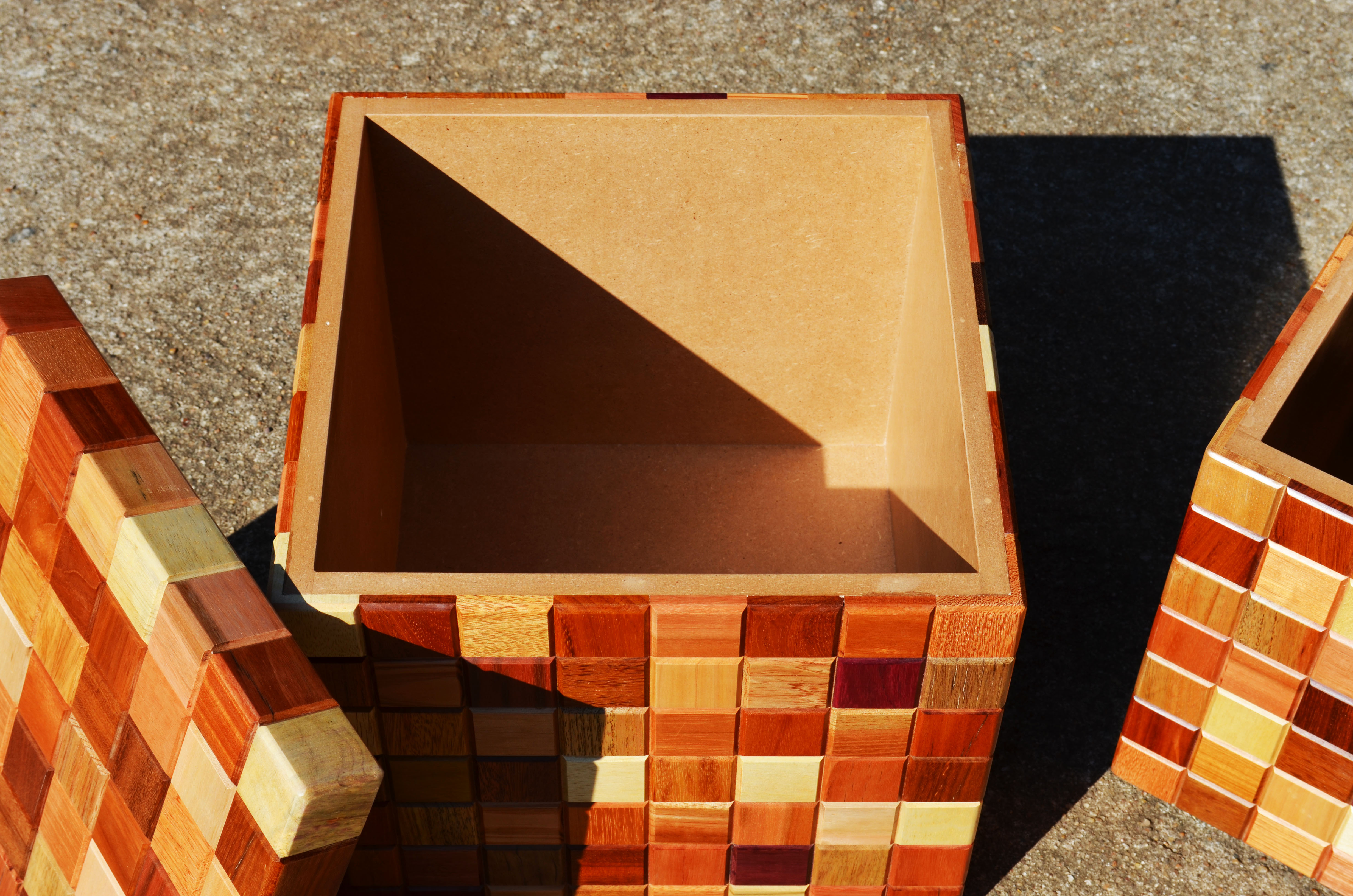 banco cubo baú RIPA Design #C03D0B 4928x3264